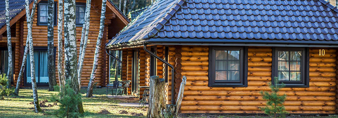 One-storey log villa